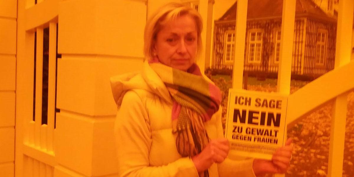 Renate aus Bremen sagt NEIN zu Gewalt gegen Frauen