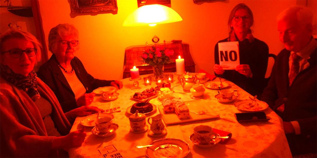 Eine Bremer Kaffeerunde sagt NEIN zu Gewalt gegen Frauen