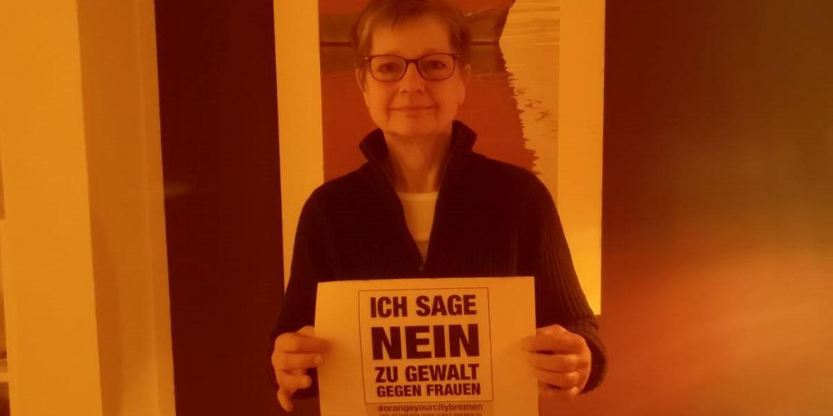Karin aus Bremen sagt NEIN zu Gewalt gegen Frauen