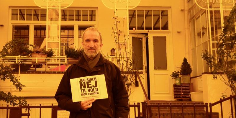 Klaus aus Kopenhagen, Gast in Bremen, sagt NEIN zu Gewalt gegen Frauen
