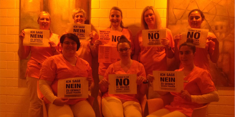 Das Praxisteam Zahnärzte Rosenberger & Partner, Ganderkesee sagt NEIN zu Gewalt gegen Frauen