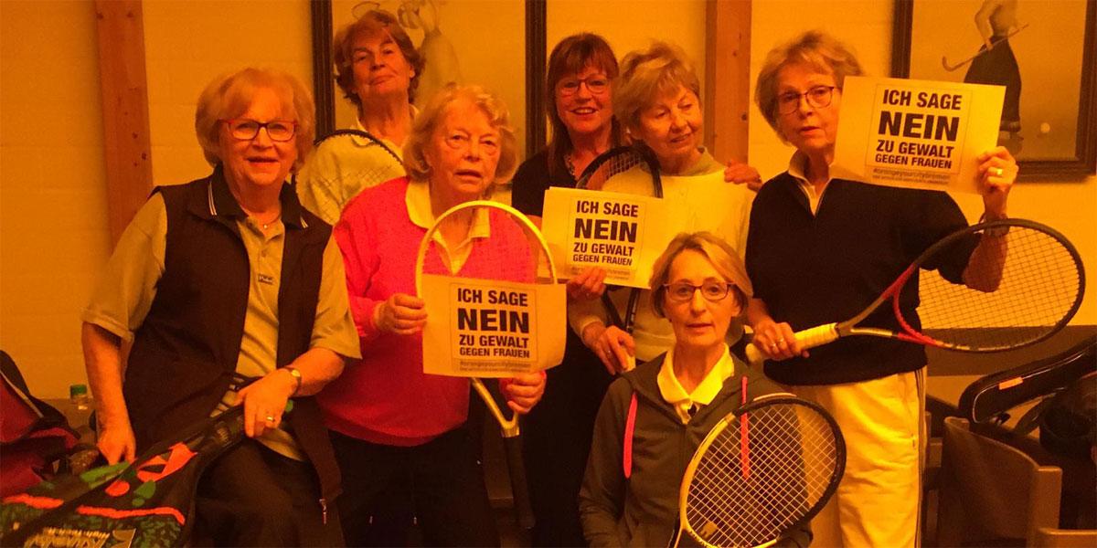 Die Tennisdamen sagen NEIN zu Gewalt gegen Frauen
